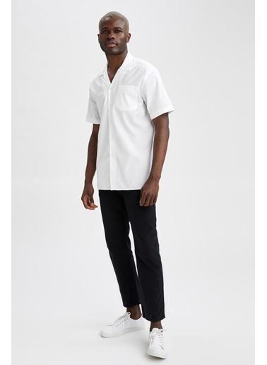DeFacto Modern Fit Basic Kısa Kollu Gömlek Beyaz